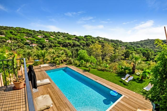 5 bedroom Villa in La Croix Valmer, Saint Tropez Var, France : ref 2017996 - Image 1 - La Croix-Valmer - rentals
