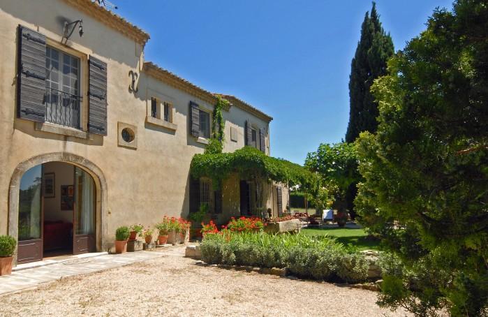 3 bedroom Villa in Les Baux De Provence, Provence, France : ref 2017997 - Image 1 - Maussane - rentals
