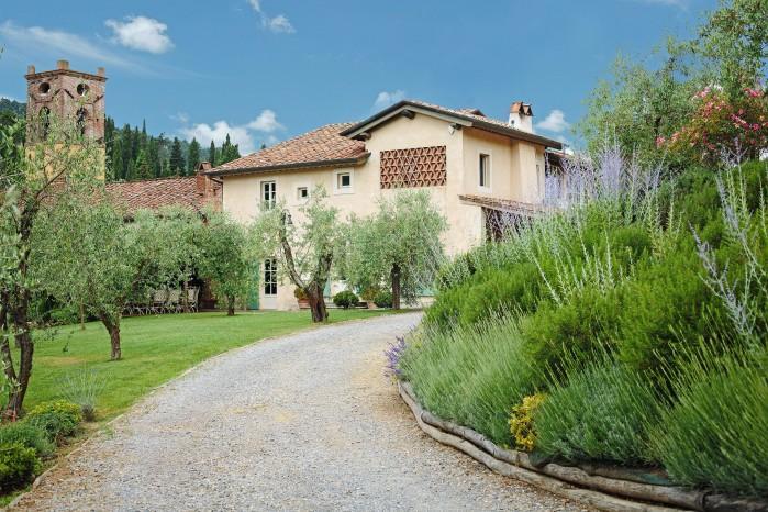 5 bedroom Villa in Camaiore, Tuscany, Italy : ref 2018033 - Image 1 - Montemagno Di Camaiore - rentals