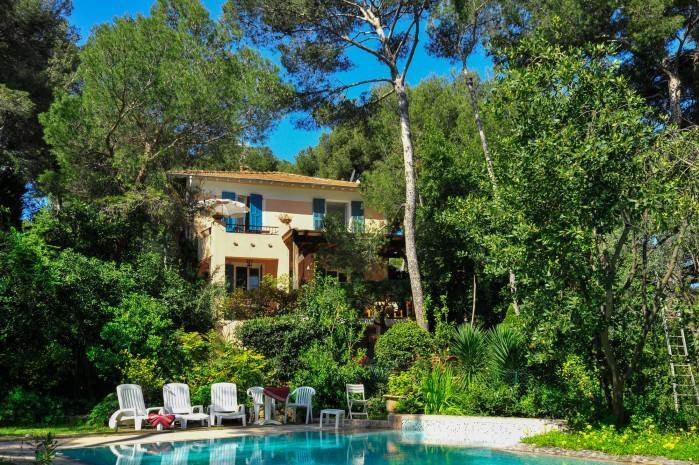 4 bedroom Villa in Saint Jean Cap Ferrat, Cote D Azur, France : ref 2018123 - Image 1 - Saint-Jean-Cap-Ferrat - rentals