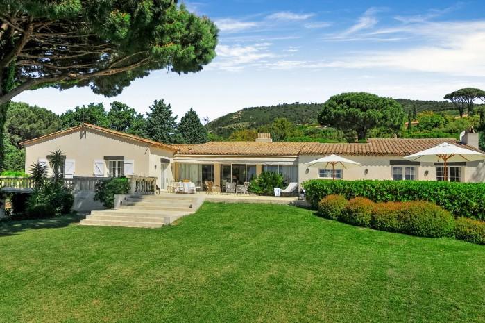 4 bedroom Villa in Beauvallon, Saint Tropez Var, France : ref 2018183 - Image 1 - Port Grimaud - rentals