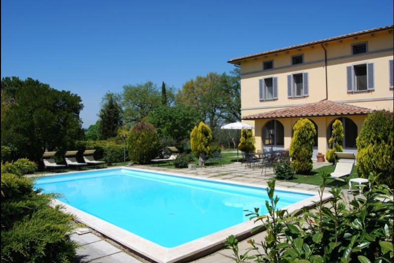 7 bedroom Villa in Chiusi, Umbria, Italy : ref 2020451 - Image 1 - Binami - rentals