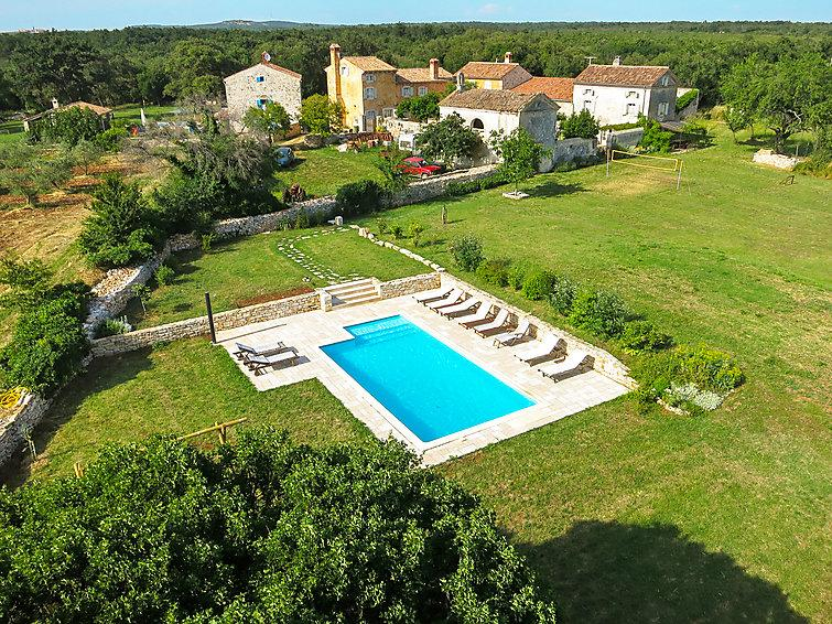 7 bedroom Villa in Barbariga, Istria, Croatia : ref 2020678 - Image 1 - Barbariga - rentals