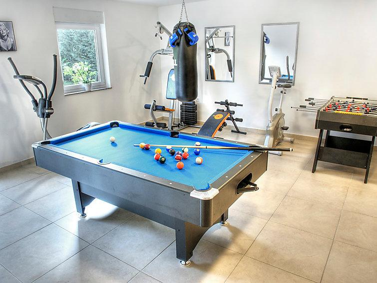 5 bedroom Villa in Opatija Pobri, Kvarner, Croatia : ref 2020802 - Image 1 - Volosko - rentals