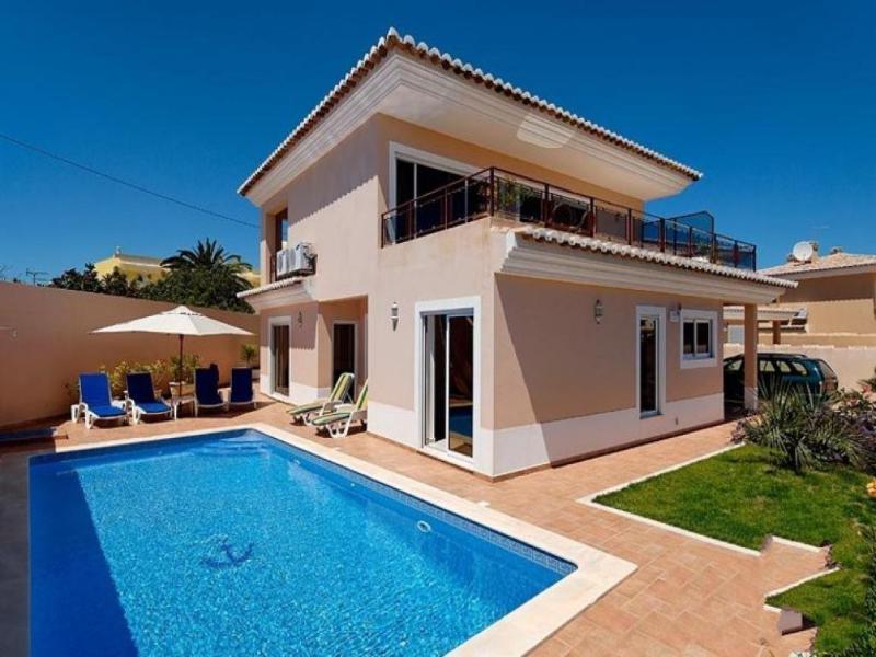 3 bedroom Villa in Lagos, Algarve, Portugal : ref 2022244 - Image 1 - Lagos - rentals