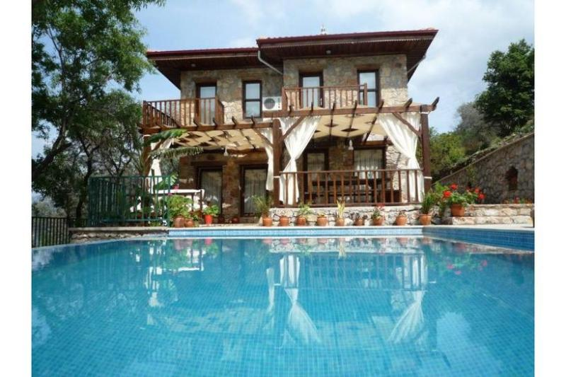 4 bedroom Villa in Marmaris, Agean Coast, Turkey : ref 2022337 - Image 1 - Selimiye - rentals