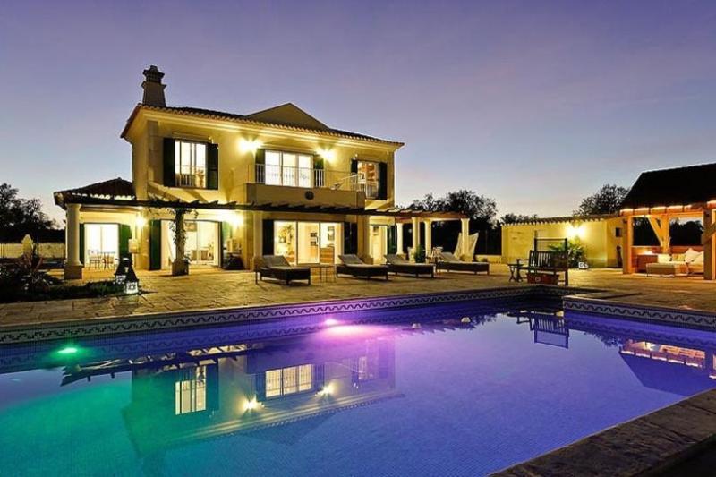 4 bedroom Villa in Tavira, Algarve, Portugal : ref 2022383 - Image 1 - Fuzeta - rentals