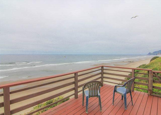 Rustic, Romantic Cottage Soars Above the Ocean - Image 1 - Lincoln City - rentals