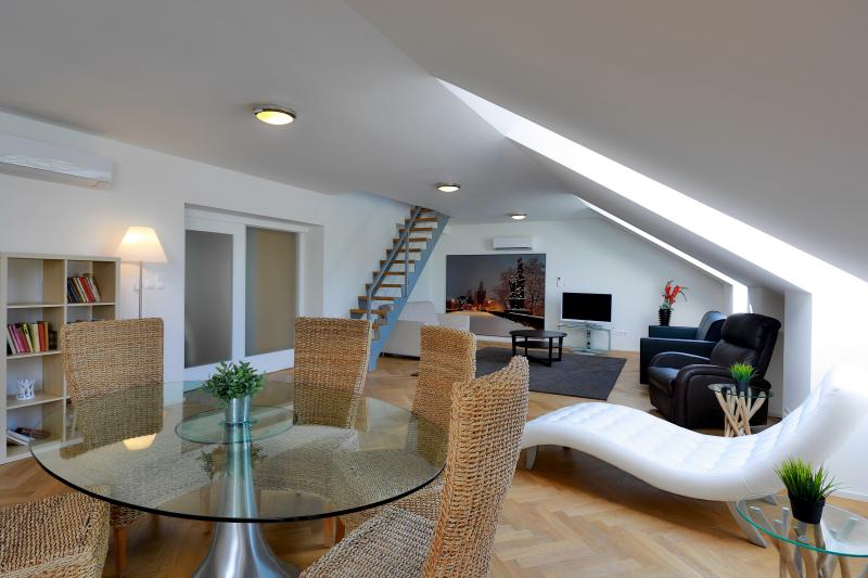Duplex apartment is very suitable for big families or groups of friends. Up to 10 PAX! 140m2! - Duplex Party Apartment Prague, 4-10 PAX, 140m2 - Prague - rentals