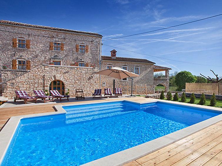 6 bedroom Villa in Rovinj Zminj, Istria, Croatia : ref 2028197 - Image 1 - Istria - rentals