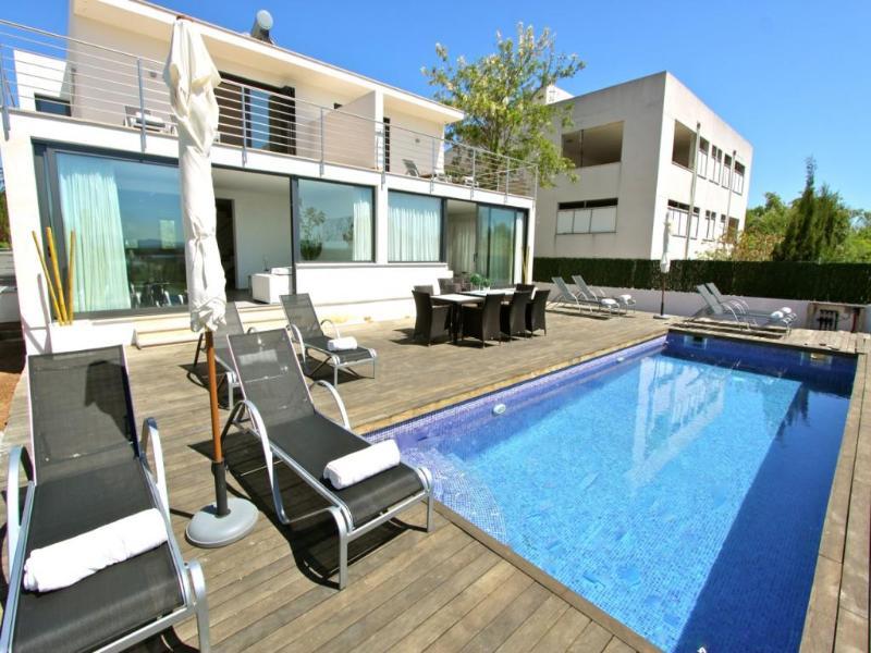 6 bedroom Villa in Alcudia, Mallorca, Mallorca : ref 2031713 - Image 1 - Playa de Muro - rentals