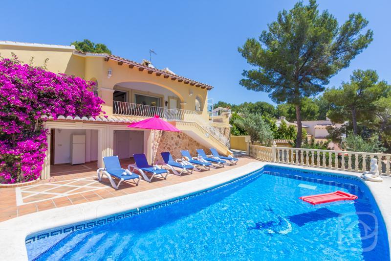 3 bedroom Villa in Moraira, Costa Blanca, Spain : ref 2031737 - Image 1 - La Llobella - rentals