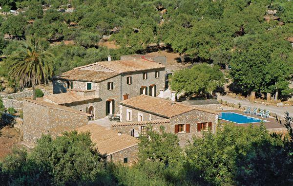 6 bedroom Villa in Estellencs, Balearic Islands, Mallorca : ref 2036451 - Image 1 - Estellencs - rentals
