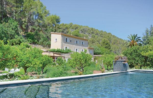 5 bedroom Villa in Puerto Soller, Balearic Islands, Mallorca : ref 2036520 - Image 1 - Port de Soller - rentals