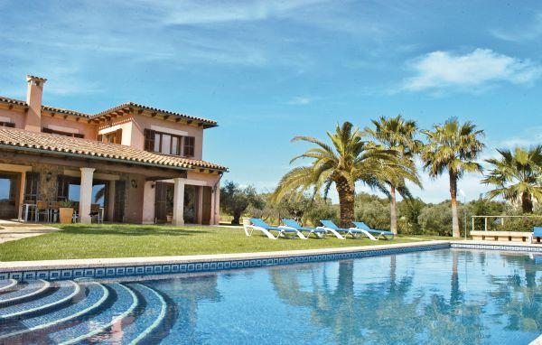 3 bedroom Villa in Muro, Balearic Islands, Mallorca : ref 2036533 - Image 1 - Muro - rentals