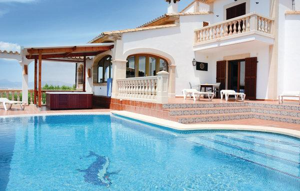 5 bedroom Villa in S'Aranjassa, Balearic Islands, Palma, Mallorca : ref 2036661 - Image 1 - Sant Jordi - rentals