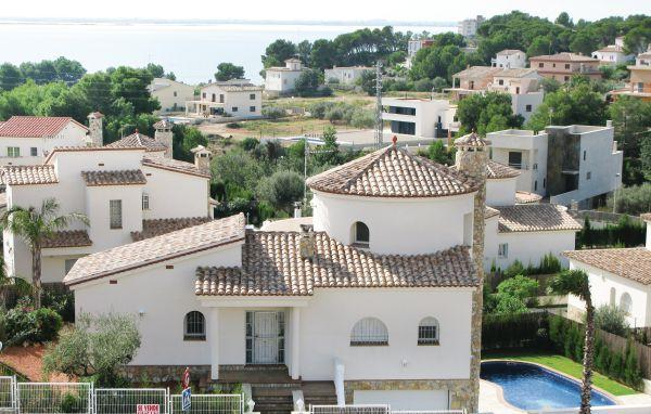 5 bedroom Villa in Ampolla, Catalonia, Costa Dorada, Spain : ref 2036718 - Image 1 - L'Ampolla - rentals