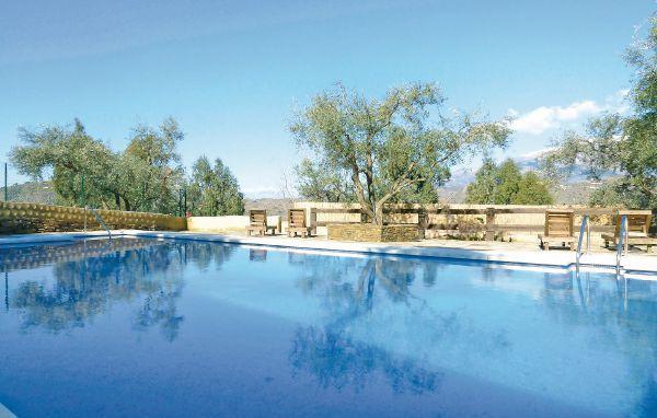 13 bedroom Villa in Sayalonga, Andalusia, Costa del Sol, Spain : ref 2036776 - Image 1 - Sayalonga - rentals