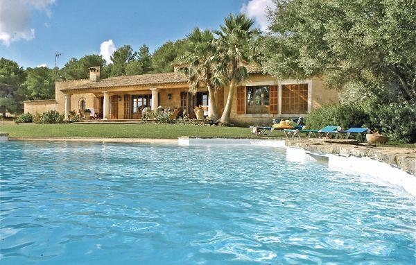 4 bedroom Villa in Arta, Balearic Islands, Mallorca : ref 2037175 - Image 1 - Son Cervera - rentals