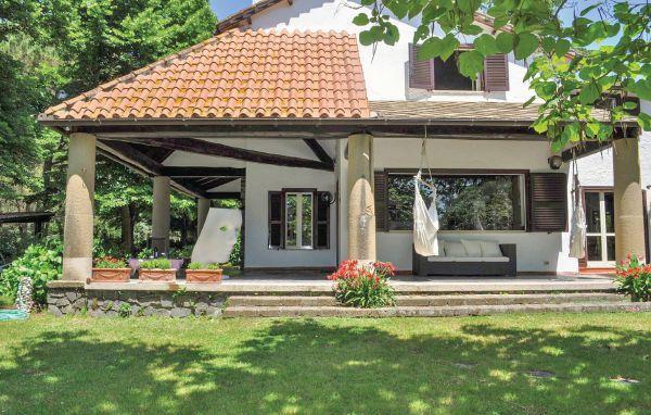 4 bedroom Villa in Trevignano Romano, Latium lazio, Latium Countryside, Italy : ref 2038099 - Image 1 - Trevignano Romano - rentals