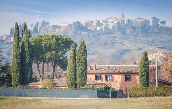 6 bedroom Villa in Tarano, Latium lazio, Latium Countryside, Italy : ref 2038762 - Image 1 - Forano - rentals