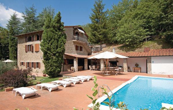8 bedroom Villa in Barberino di Mugello, Tuscany, Florence, Italy : ref 2039432 - Image 1 - Barberino Di Mugello - rentals