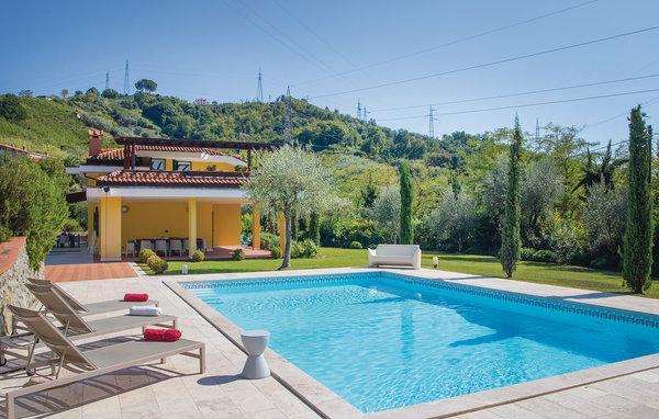 4 bedroom Villa in Carrara, Tuscany Coast, Versilia, Italy : ref 2039730 - Image 1 - Avenza - rentals