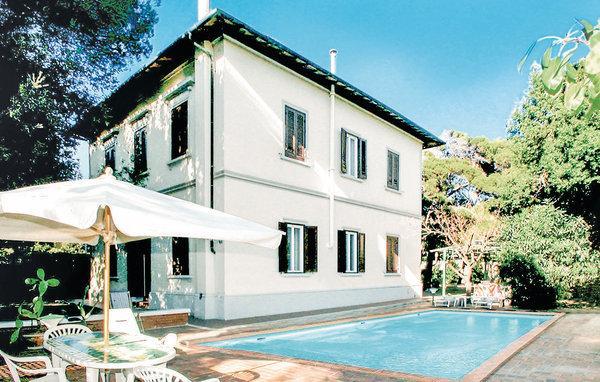 5 bedroom Villa in Quercianella, Tuscany Coast, Etruscan Coast, Italy : ref 2040129 - Image 1 - Quercianella - rentals