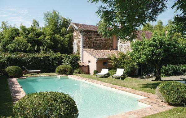 4 bedroom Villa in Arjuzanx, Aquitaine, Landes, France : ref 2042114 - Image 1 - Arjuzanx - rentals