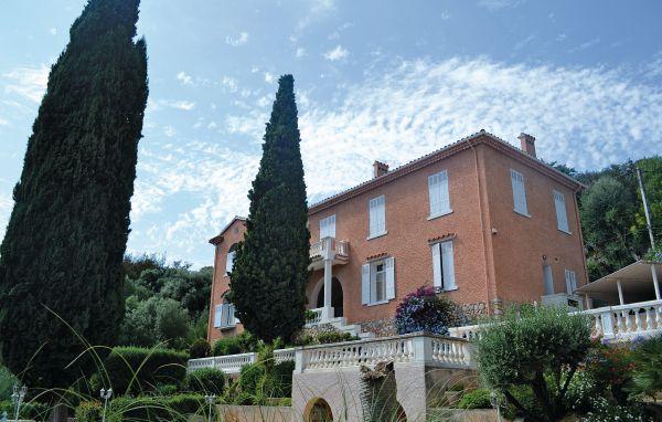 5 bedroom Villa in Hyeres, Cote D Azur, Var, France : ref 2042236 - Image 1 - Hyères - rentals