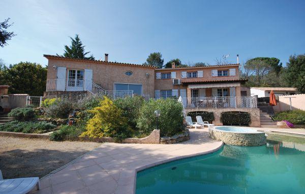 6 bedroom Villa in Saint Anastasie sur Issole, Cote D Azur, Var, France : ref 2042300 - Image 1 - Sainte-Anastasie-sur-Issole - rentals