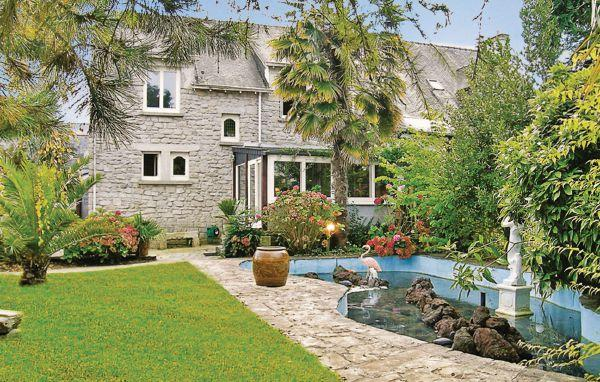 5 bedroom Villa in La Foret Fouesnant, Brittany - Northern, Finistere, France : ref 2042393 - Image 1 - La Foret-Fouesnant - rentals