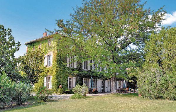 6 bedroom Villa in Escales, Languedoc roussillon, Aude, France : ref 2042414 - Image 1 - Castelnau-d'Aude - rentals