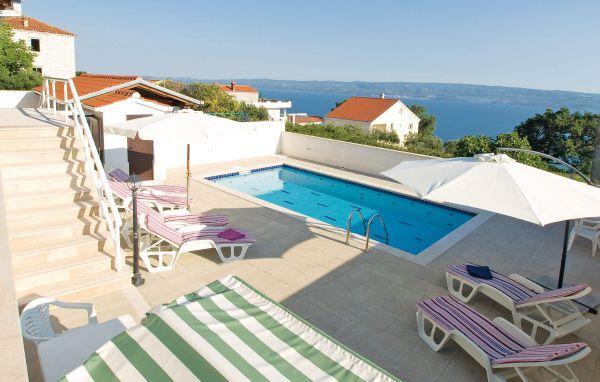 3 bedroom Villa in Omis, Central Dalmatia, Croatia : ref 2043071 - Image 1 - Krilo - rentals