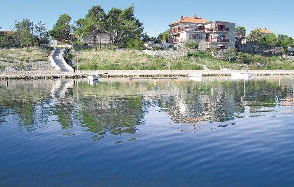 6 bedroom Apartment in Nin, Northern Dalmatia, Croatia : ref 2043275 - Image 1 - Nin - rentals