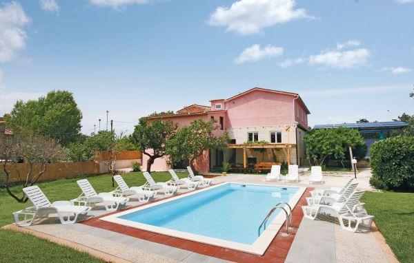 11 bedroom Villa in Duga Uvala, Istria, Croatia : ref 2043303 - Image 1 - Pavicini - rentals