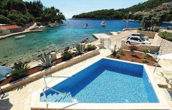 4 bedroom Villa in Korcula Grscica, South Dalmatia, Korcula, Croatia : ref 2044017 - Image 1 - Prizba - rentals