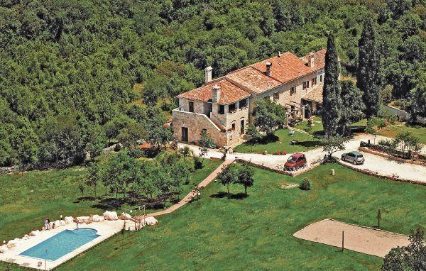 9 bedroom Villa in Vodnjan SaintNegricani, Istria, Vodnjan, Croatia : ref - Image 1 - Divsici - rentals