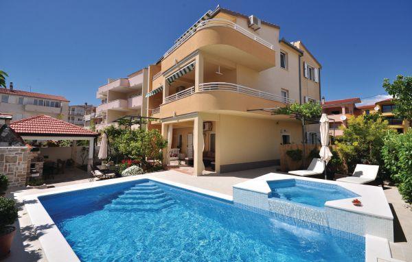 7 bedroom Apartment in Split Stobrec, Central Dalmatia, Split, Croatia : ref 2045166 - Image 1 - Stobrec - rentals