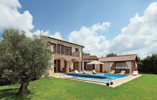 3 bedroom Villa in Visnjan Strpacici, Istria, Visnjan, Croatia : ref 2045689 - Image 1 - Barat - rentals