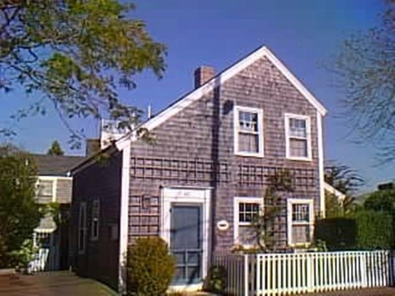2 Bedroom 2 Bathroom Vacation Rental in Nantucket that sleeps 4 -(3473) - Image 1 - Nantucket - rentals
