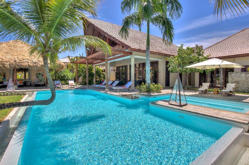 Ecofriendly balanced 4 Bedroom Villa with amazing Golf view - Villa Caballet - Image 1 - Punta Cana - rentals