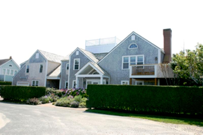 5 Bedroom 5 Bathroom Vacation Rental in Nantucket that sleeps 10 -(3704) - Image 1 - World - rentals