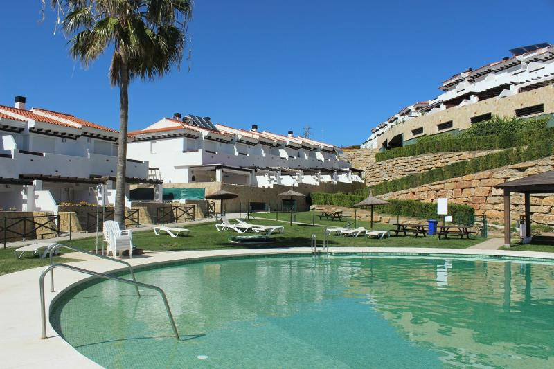 1864 - 3 bed townhouse, Grand National, La Cala - Image 1 - Mijas - rentals