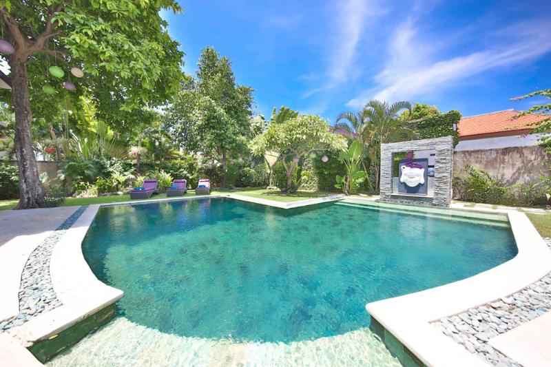 Modern Villa 3 Bedrooms in Seminyak near the beach - Image 1 - Seminyak - rentals