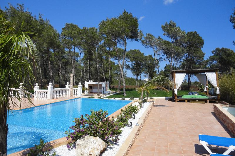 Villa Zedd - Image 1 - Cala Llonga - rentals