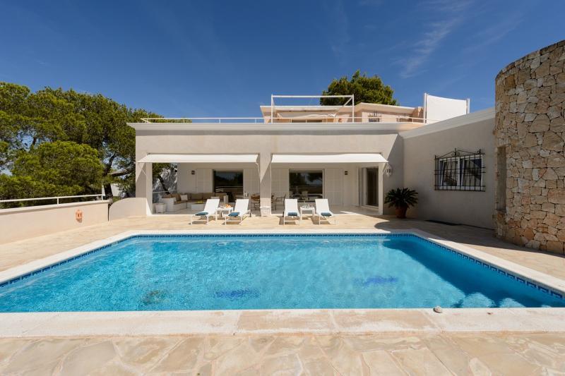 Villa Van Doorn - Image 1 - Roca Llisa - rentals