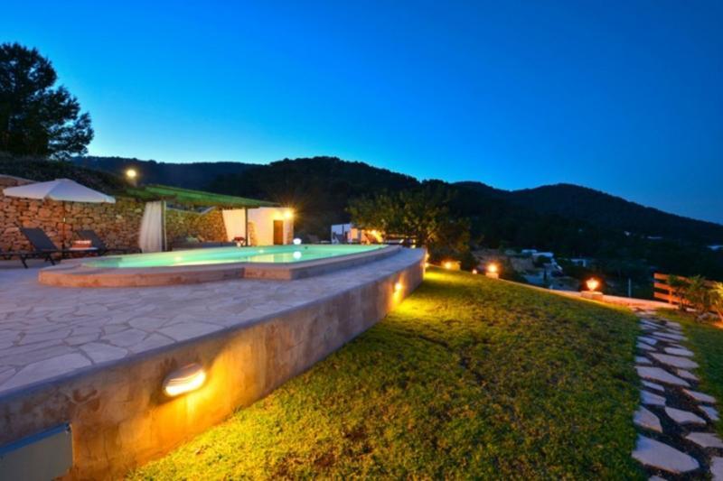 Villa Oakenfold - Image 1 - Sant Josep De Sa Talaia - rentals