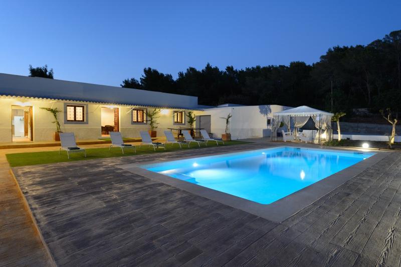 Villa Jamie Jones - Image 1 - Velverde - rentals
