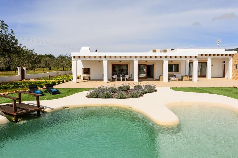 Villa Thivaios - Image 1 - San Lorenzo - rentals